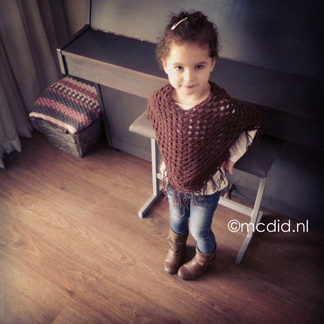 17 beste idee n over gehaakte baby laarzen op pinterest gehaakte babyslofjes gehaakte - Hoe ze haar woonkamer te versieren ...