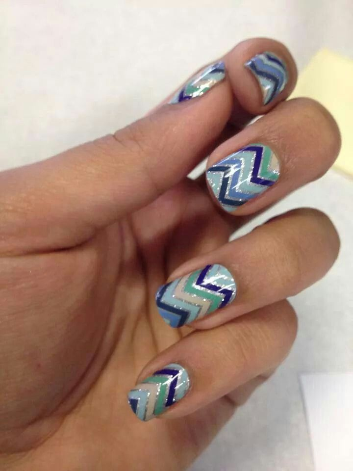 Jamberry on acrylics. #polishedhippiechick #nails #nailart http://clcarr80.jamberrynails.net