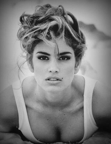 Inspiring Women - Cindy Crawford. My favorite memory of her, the Pepsi commercial. First Look! Her look was so natural, so flawless. #CindyCrawford #Model #FirstLook #Flawless #FavoriteModel #BlackandWhite #Fashion #InspiringWomen