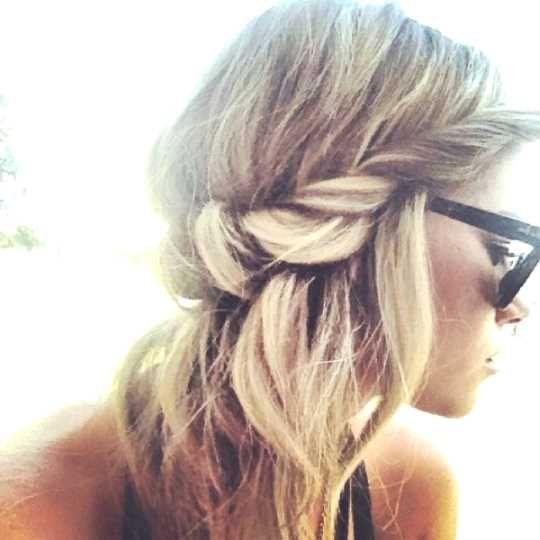 Haare durch haarband ziehen