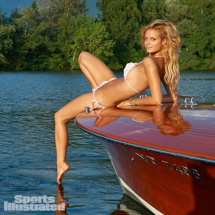Swiss Riviera Wine Tours Presents our classic Riva, Super Florida (1966), for the 2014 SI swimsuit issue.