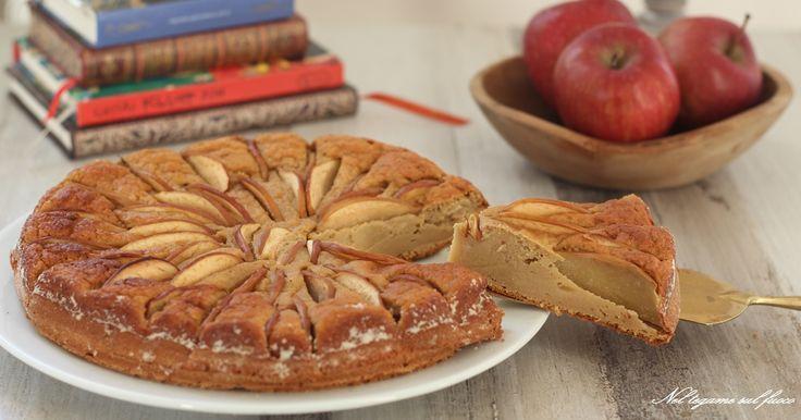 Morbidissima e golosa questa torta di mele senza zucchero, senza burro e a basso indice glicemico. Tante mele frullate, yogurt e...