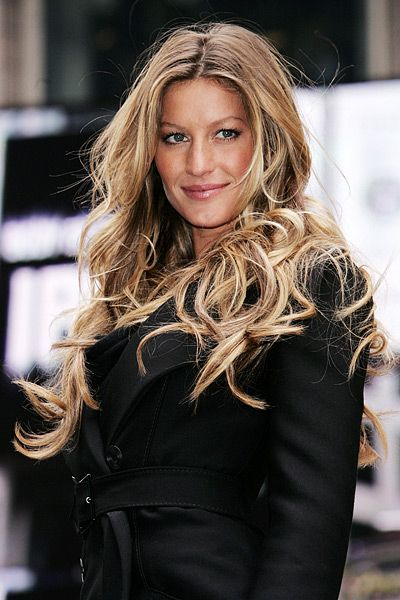 Gisele's much coveted, never truly imitated beachy curls. She single-handedly started the balyage/ombré trend -P.S.