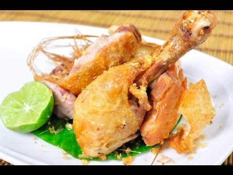 """This is very funny and good looking chief teaching """"Thai Fried Chicken with Fish Sauce"""". With useful cooking techniques."""