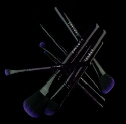 Purple Power Makeup Brush Set by Furless. http://furless.com.au/index.php/lets-shop/product/1611-purple-power-makeup-brush-set/category_pathway-39