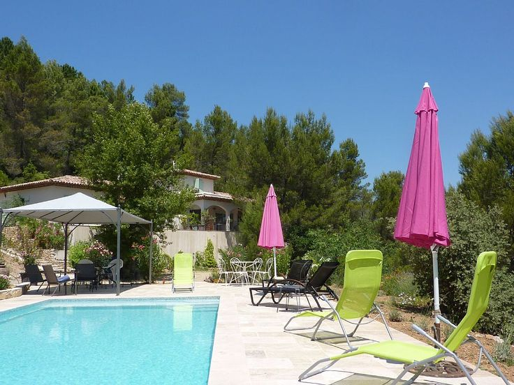 2 Gîtes avec Piscine à Correns, 1er village BIO - Provence verte - Var | Abritel
