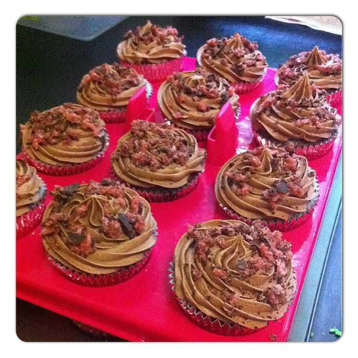 S & M cupcakes: Cherry Ripe Cupcakes