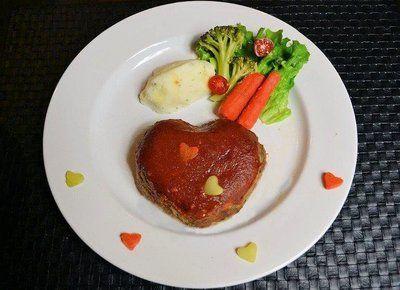 「バレンタイン ラブラブミートローフ~♪」のレシピ by Little Darlingさん   FOODIES レシピ - 世界中の家庭料理に出会える、レシピのソーシャルブログ