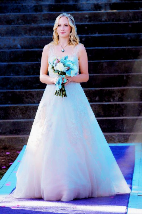 The Vampire Diaries - 08x15 - We're Planning a June Wedding. Pinned by @lilyriverside