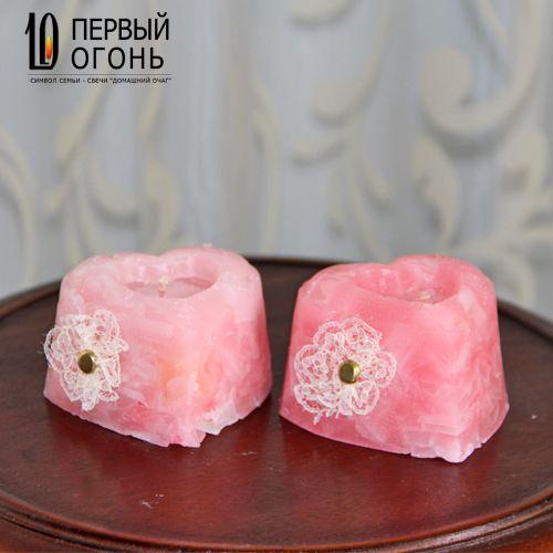 Нежно-розовые свечи ручной работы