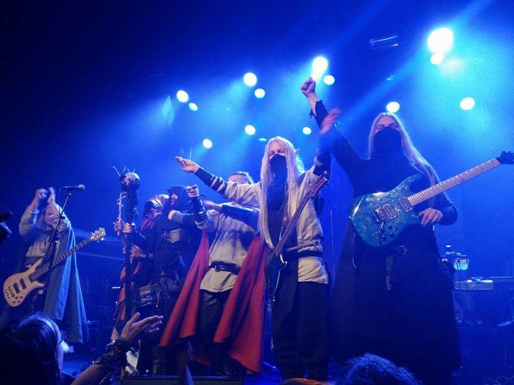 Twilight Force ⚫ Photo by Lya Phan ⚫ Tilburg 2016 ⚫ #TwilightForce #music #metal #concert #gig #musician #Chrileon #Lynd #DeAzsh #Born #Blackwald #Aerendir #singer #vocalist #frontman #guitarist #guitar #microphone #ninja #mask #armour #armor #microphone #bracers #tattoo #beard #hood #hymn #elf #tabard #playing #coat #earrings #leather #blond #longhair #show #photo #fantasy #magic #cosplay #larp #man #onstage #live #celebrity #band #artist #performing