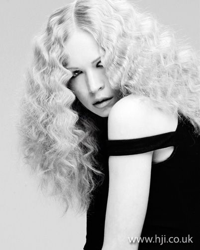 how to create large curls