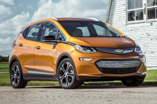 """http://ift.tt/2qOuQRK 2017 Chevrolet Bolt EV Price : Electric Car 2.0. http://ift.tt/2qnqocH  2017 Chevrolet Bolt EV  2017 Chevrolet Bolt EV Price.Here's proof that the electric car isn't going away: General Motors that 108 -year-old monolithic automaker  now sells a battery-electric hatchback that delivers more than 200 miles of driving compas and can be """"ve been here for"""" less than the price of the average brand-new car.  With the arrival of the 2017 Chevrolet Bolt EV the electric car…"""