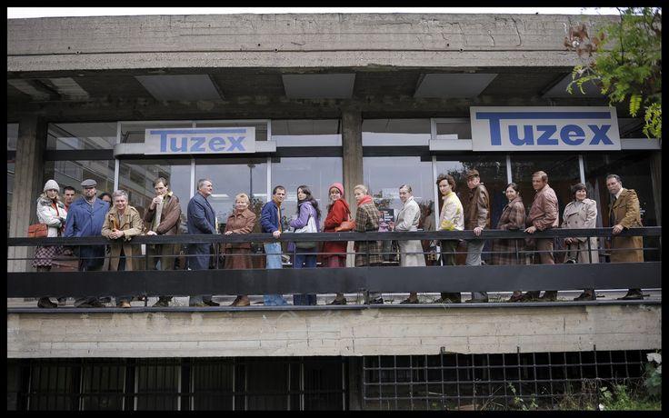 Tuzex - obchod, kde se za speciální poukázky, tzv. bony, dalo koupit západní zboží.