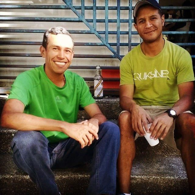 Con el pana Frank. Te espero por allá mi pana!!! . . . #Panas #Caricuao #Caracas #Venezuela