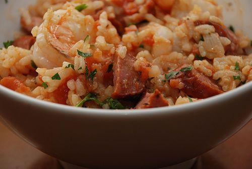La recette du jambalaya aux crevettes, un plan typiquement américain, qui nous vient du sud des Etats Unis.