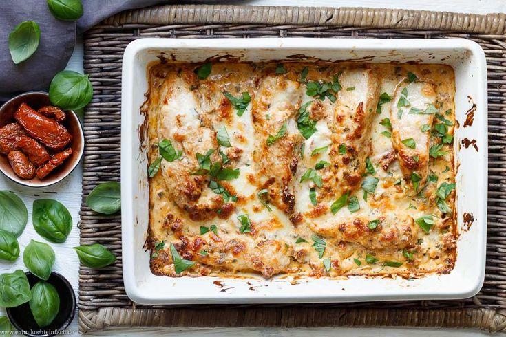 Der Food-Blog, der es dir leicht macht. Das einfache Rezept für Sahne-Hähnchen mit Mozzarella mit einer Schritt-für-Schritt-Anleitung in Bildern.
