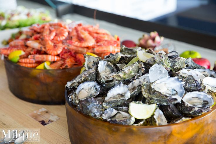 Fresh Australian prawns and oysters in the East & West Terraces Dining