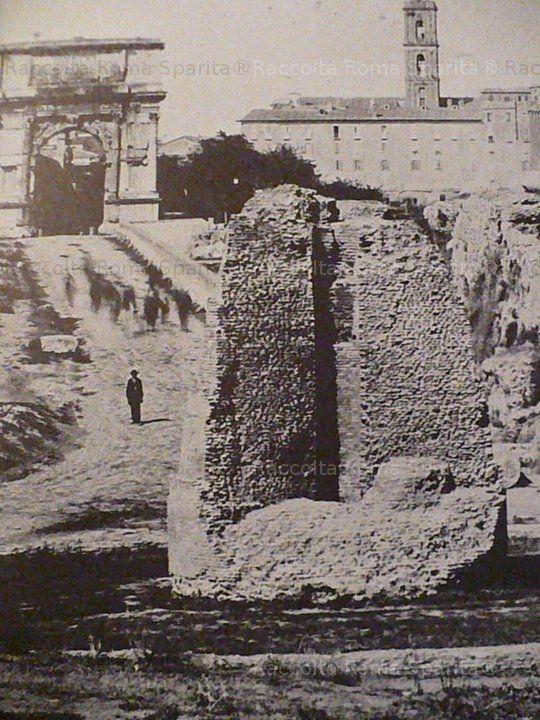 Foto storiche di Roma - Primo piano della Meta Sudans Anno: 1870 'ca
