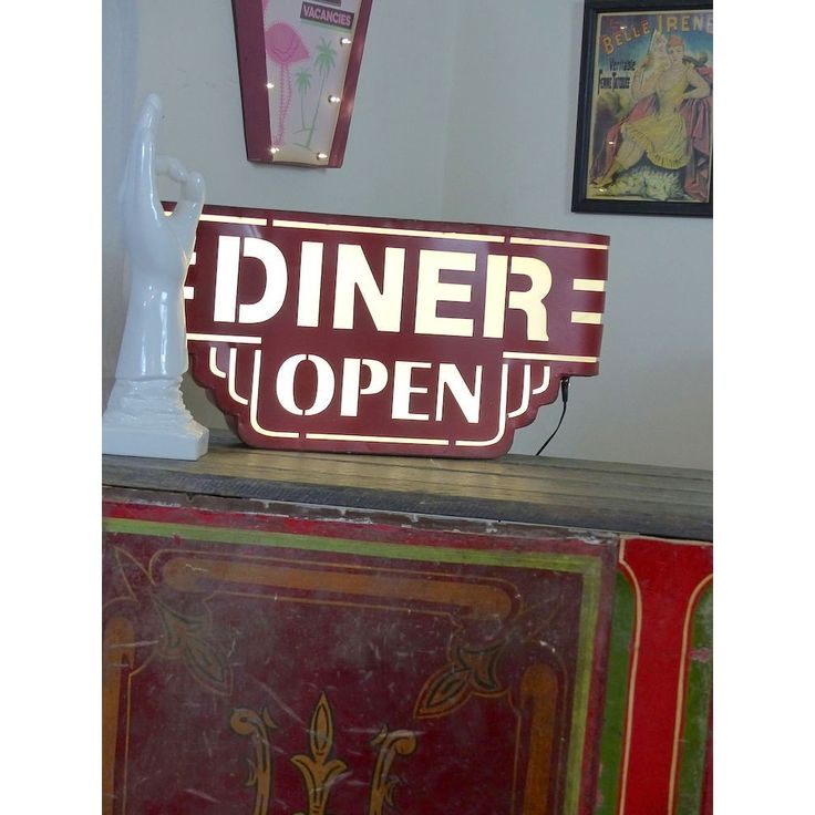 50s style diner open retro light up box to hang on your wall at home in your kitchen or bar and restaurant and cafe furniture, add a twist of USA in the UK