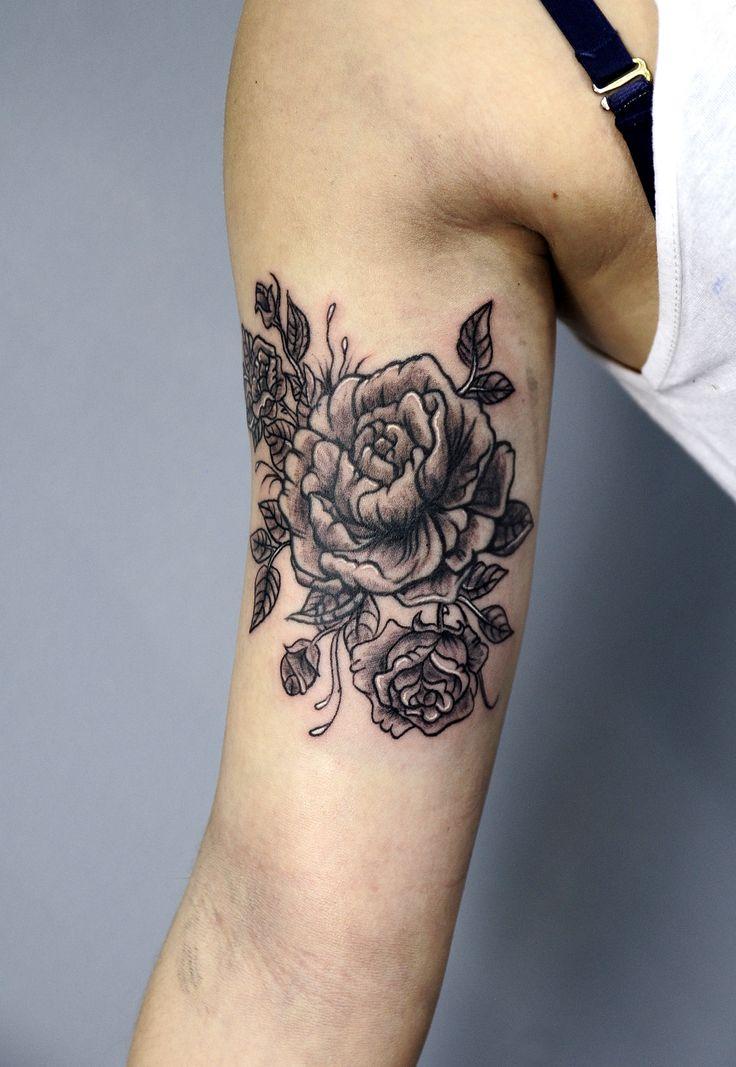 Redberry Tattoo Studio Wrocław #tattoo #inked #ink #studio #wroclaw #warszawa #tatuaz #gdansk #redberry #katowice #berlin #poland #krakow #kraków #kinga #ojrzynska #kingaoj #graphic #flower #kwiat