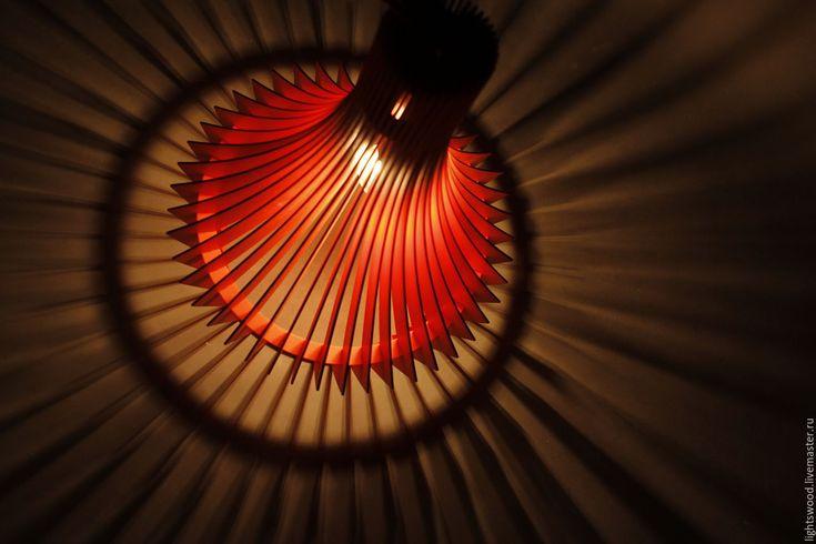 Купить Светильник из фанеры ДЕКАНТЕР - ярко-красный, красный, яркий акцент, светильник из дерева