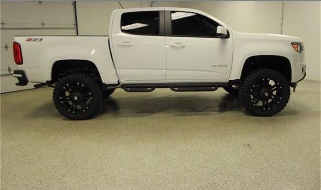 Lifted 2015 Chevy Colorado, Rough Country Suspension Edition