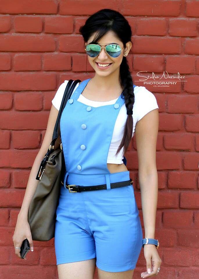 Vogue song shoot priyanka bhardwaj