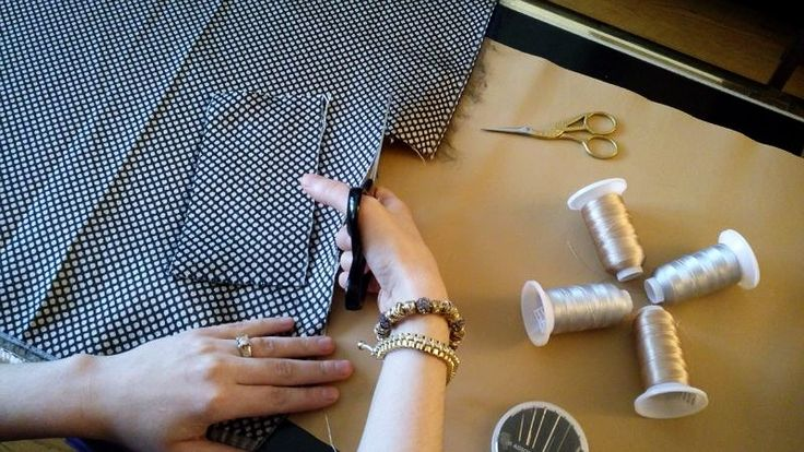 JK Wallet is made of top quality materials: durable fabrics and genuine leather  JK Wallet coming soon to Kickstarter  www.jenniferkaya.com/jk-wallet/    #fashion #fashionista  #jkwallet #Minimalist  #Montreal #fashionblogger #jenniferkayacollection #jenniferkayadesign #jenniferkayawallet #jenniferkaya #practical #stylish #slim #canada #designer #design #jkcreations #kayajenn #wallet #style #Accessories #Accessory #minimalistwallet #trendy #silver #jkwalletreview #news #ootd  #outfit #chic…