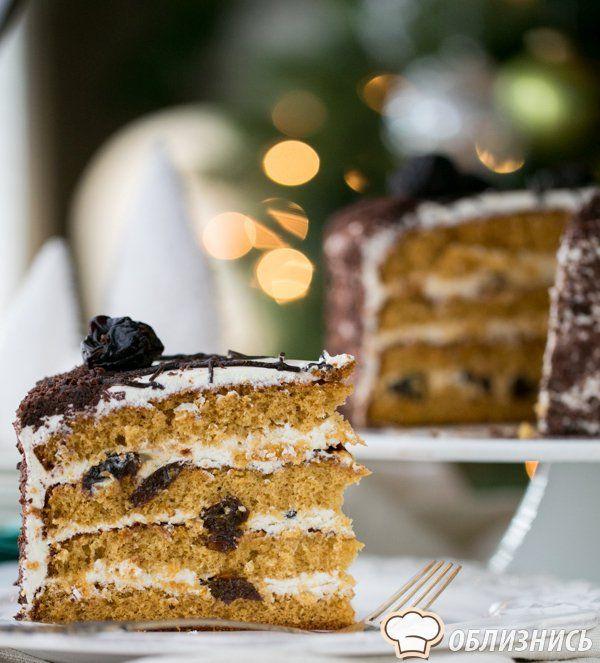 Изумительный медовый торт готов! Приятного аппетита!