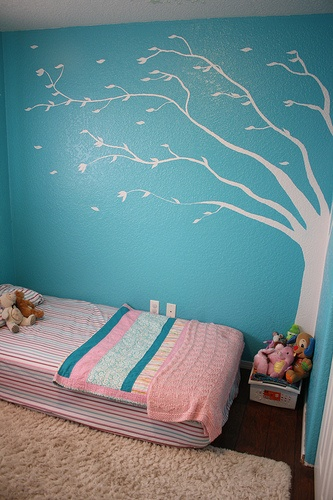 cute toddler room knowing her climbing abilities i kind. Black Bedroom Furniture Sets. Home Design Ideas