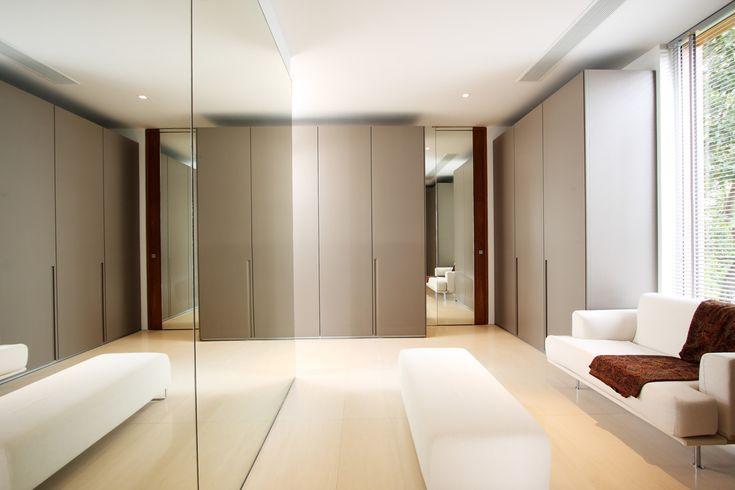 Interior : Pretty Modern White And Grey Dressing Room Design Inspiration