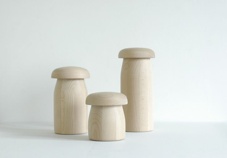 Mushi, mood lamps made of beech. Design: Andreas Bergsaker.