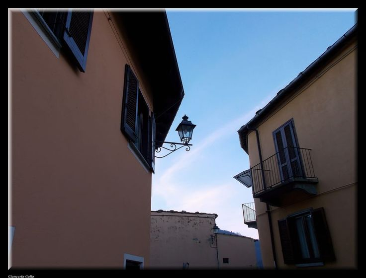 Lamppost by Giancarlo Gallo