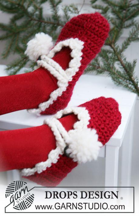 Pantufas de Natal DROPS em croché em Eskimo e Glitter.