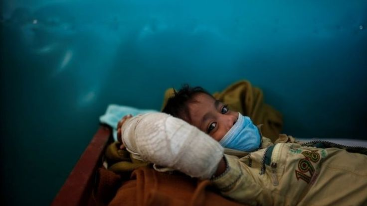 Myanmar Rohingya crisis: UK medics to help tackle diptheria