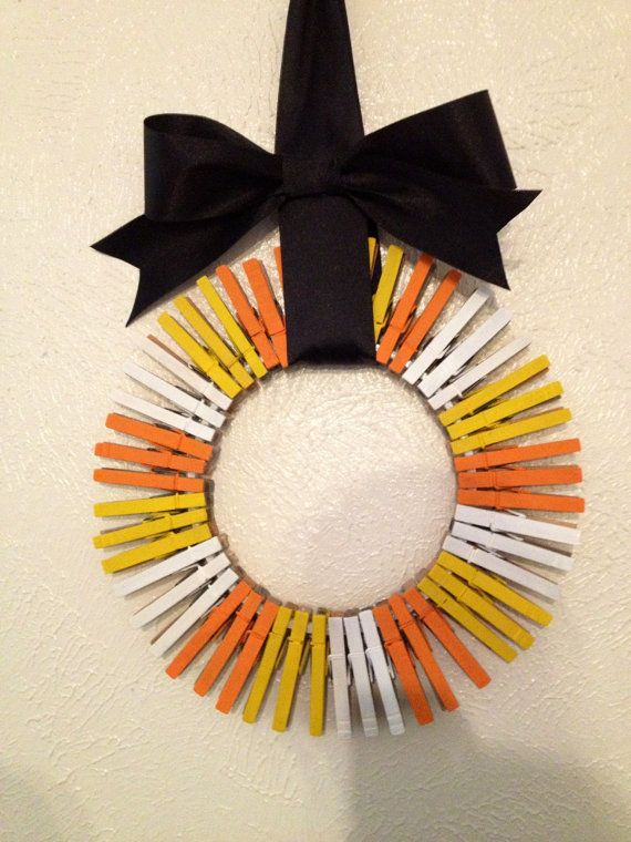 This clothes pin, candy corn wreath is a must have this holiday season! For an affordable price and is super adorable :) CAN BE SHIPPED TODAY! Any