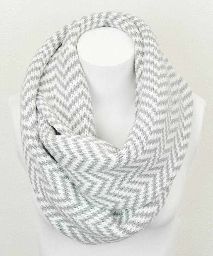 Gray Zigzag Infinity Scarf: ohmygoodness I definitely need this in my wardrobe!!!!