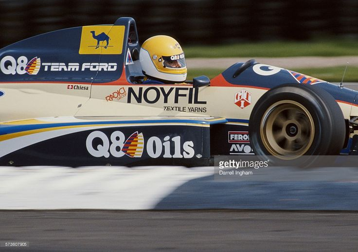 Andrea Chiesa of Switzerland drives the #31 Q8 Oils Roni Motorsport Reynard 89D Smith Cosworth during the FIA International F3000 Championship race on 9th April 1989 at the Silverstone Circuit in Towcester, Great Britain.