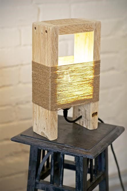 Pallet Lamp *typically, I do not repost anything pallet related, but this I like.