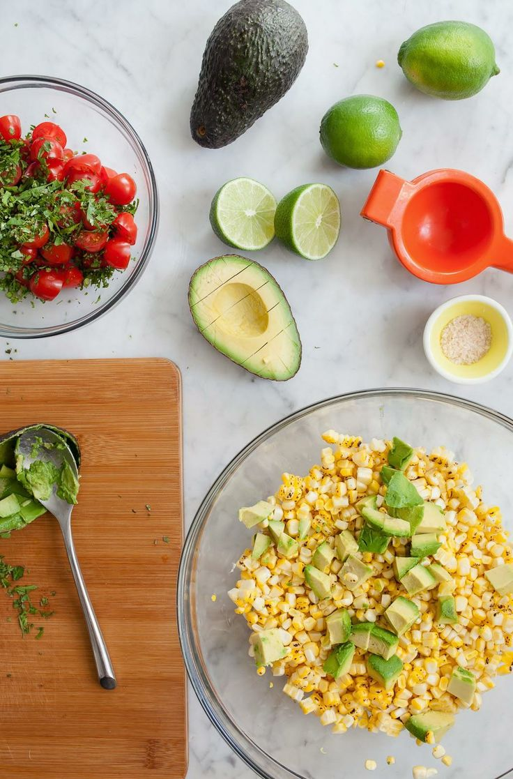 Bacon, Corn, Avocado and Tomato Salad #sweetsurprisesweeps/ blog.jchongstudio.com