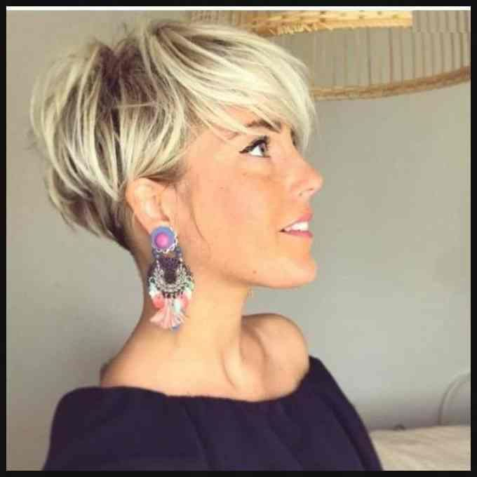 Blonde Short Hair In Pixie Cut Blond 23 : Bob Frisuren ...