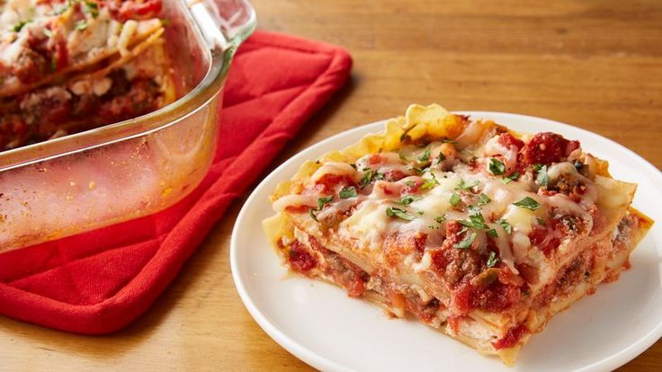 Let your taste buds do the hat dance with this packed-with-a-punch lasagna.  Olé!