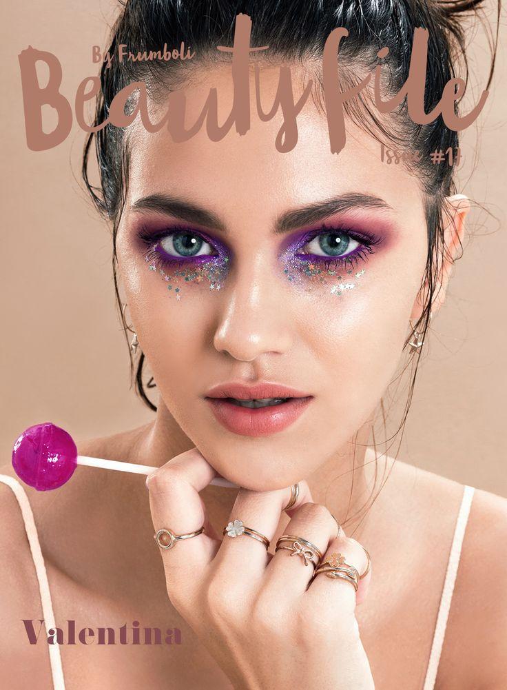 Maquillaje teen en el issue #17 de #BeautyFile by Bettina Frúmboli.