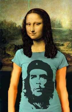 Mona in Che Guevara T-Shirt