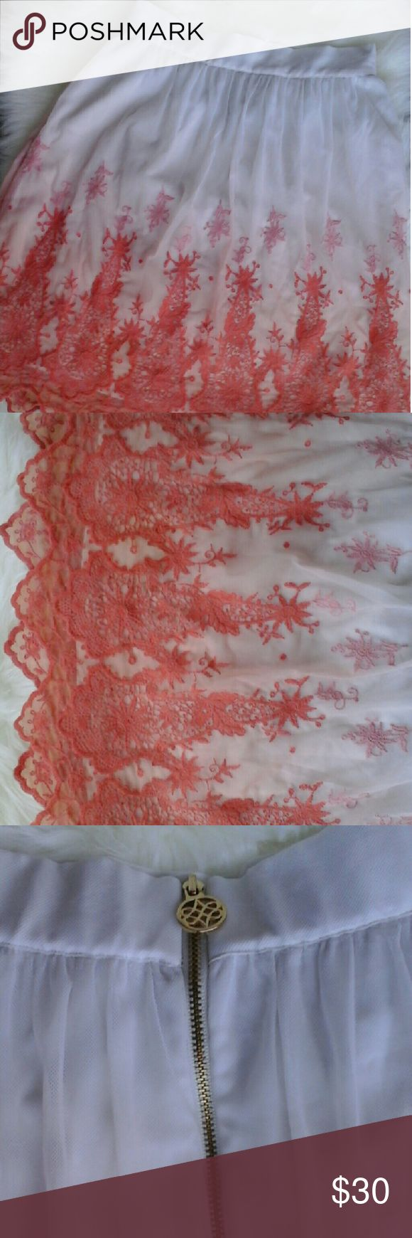 Antonio Melani Skirt Super chic white and coral skirt...tags were removed but it has never been worn! ANTONIO MELANI Skirts
