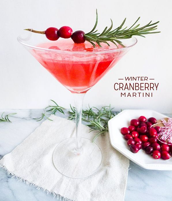 Winter Cranberry Martini | 21 Winter Cocktails To Get You Through The Cold