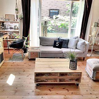 パレットのテーブルのインテリア実例 | RoomClip (ルームクリップ) Lounge/DIY/しゃれとんしゃあ会/みんなとたわむれ隊٩(
