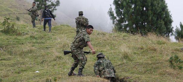 Colombie: les Farc annoncent la capture d'un militaire américain qu'ils proposent de libérer
