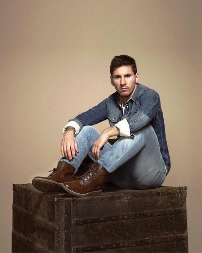 - Leo Lindo Messi - #Messi #Leomessi #soccer #Futbol #Barcelona #Argentina #10http://www.pinterest.com/TheHitman14/lionel-messi-%2B/